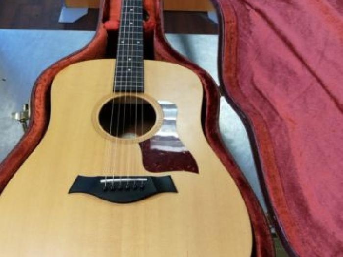 guitare acoustique taylor big baby 307 avec flight case. Black Bedroom Furniture Sets. Home Design Ideas