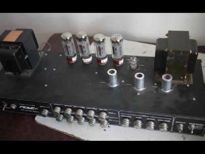 Peavey Triple Xxx Head Ampli A Lampes Pour Guitare A Reparer
