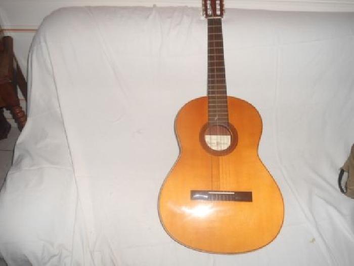 guitare classique flamenco espagnol vicente sanchis guitare occasion. Black Bedroom Furniture Sets. Home Design Ideas