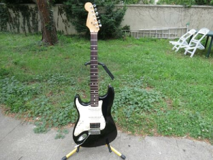 FENDER STRATOCASTER GAUCHER LEFTY 1991