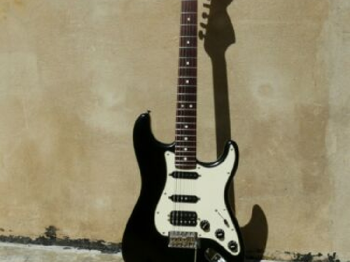 Guitare Electrique Fender Stratocaster Highway One Made in USA 2006