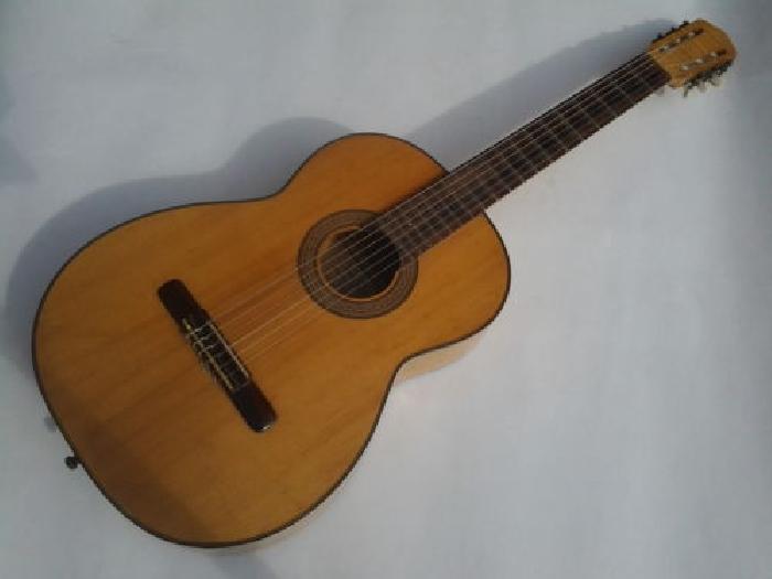 guitare classique patenotte luthier paul didier guitare occasion. Black Bedroom Furniture Sets. Home Design Ideas