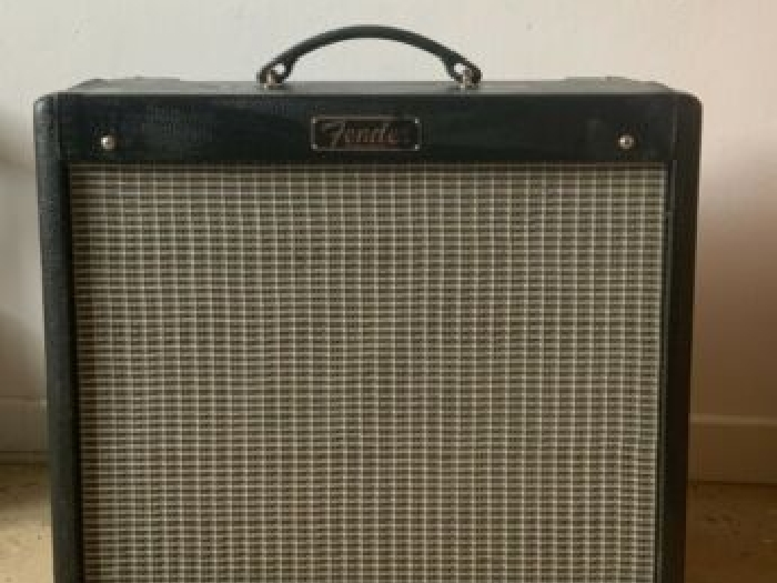ampli guitare fender blues junior III