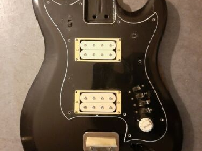 Vintage Hagstrom H II B Bass body and loaded pickguard
