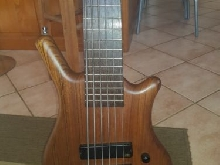 Basse Warwick Thumb 6 Strings