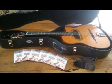Gitane D-500 Guitare avec Etui, courroie sangle et 6 X paquet de cordes