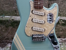 FENDER CYCLONE ll 2 BLUE MEXICO WITH FENDER USA AVRI JAGUAR PICKUPS