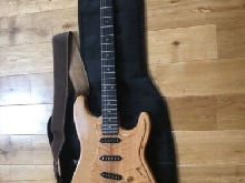GUITARE ELECTRIQUE FENDER STRATOCASTER AMERICAN SPECIAL HSS OW