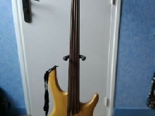 Basse Fretless Cort Artisan B4 FL Natural Body