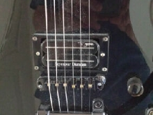 GUITARE ESP . LTD . UNIQUE.T.B.E.+ HOUSSE .
