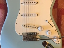 GUITARE   FENDER    TYPE CUSTOM SHOP STRATOCASTER    micros 54 +60+ BAR KNUCKEL