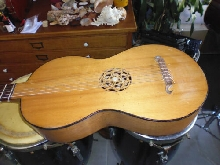Guitare Luth 6 cordes