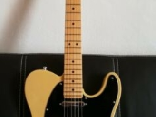 Guitare Fender American Special Telecaster Blonde  plus fender Original Gig Bag