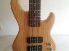 G&L Tribute Series L-2500 - Natural Finish - 5-String Electric Bass