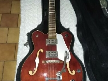 Magnifique Guitare Electrique Gretsch Electromatic G5122 Hollow-Body Red