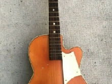 ancienne guitare CATANIA CARMELO design 1963 chitarra guitar