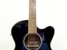 Splendide Guitare Folk Electro-Acoustique YAMAHA Compass CPX700 Black