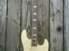 Hoyer Jazz Bass . Vintage 1970s . Frettless  Olympic white
