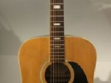 Vintage RYAN F-40 Dreadnought Guitar- Japan. In The 70s .VERY GOOD CONDITION