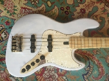 Marcus Miller V7 Swamp Ash 4-String Bass 2nd Generation Blonde