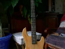 Vends bass G&L tribute L2000 Natural
