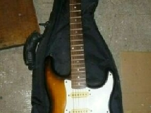 ANCIENNE GUITARE HOHNER ARBOR SERIES VINTAGE STRATOCASTER PING DELUXE