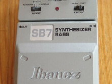Pédale effet guitare Basse IBANEZ SYNTHESIZER BASS-SB7.