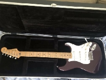 Guitare Fender stratocaster mexicaine noire