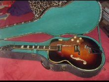 GUITARE VINTAGE US  NATIONAL CLUB COMBO 1170 ARCHTOP par  National Valco  1953