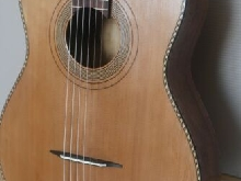 guitare ancienne de type jazz manouche SONORA belle lutherie