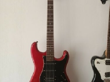 Squier Fender stratocaster MIJ Early 80s SQ Serial