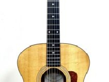 Guitare Folk Acoustique Taylor 214 Natural Satin + Etui Rigide