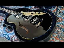 Basse Hollow body Peerless Retromatic B2