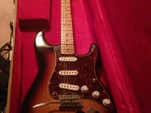 Fender Stratocaster sunburst 2010 mexicaine