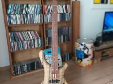 Basse Fame by Mayones Baphomet 4