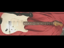 Guitare SQUIER STRAT by Fender,3 micros, vibrato. 50th Anniversary 1996