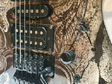 Vends Guitare DEAN MAB4 Gauntlet